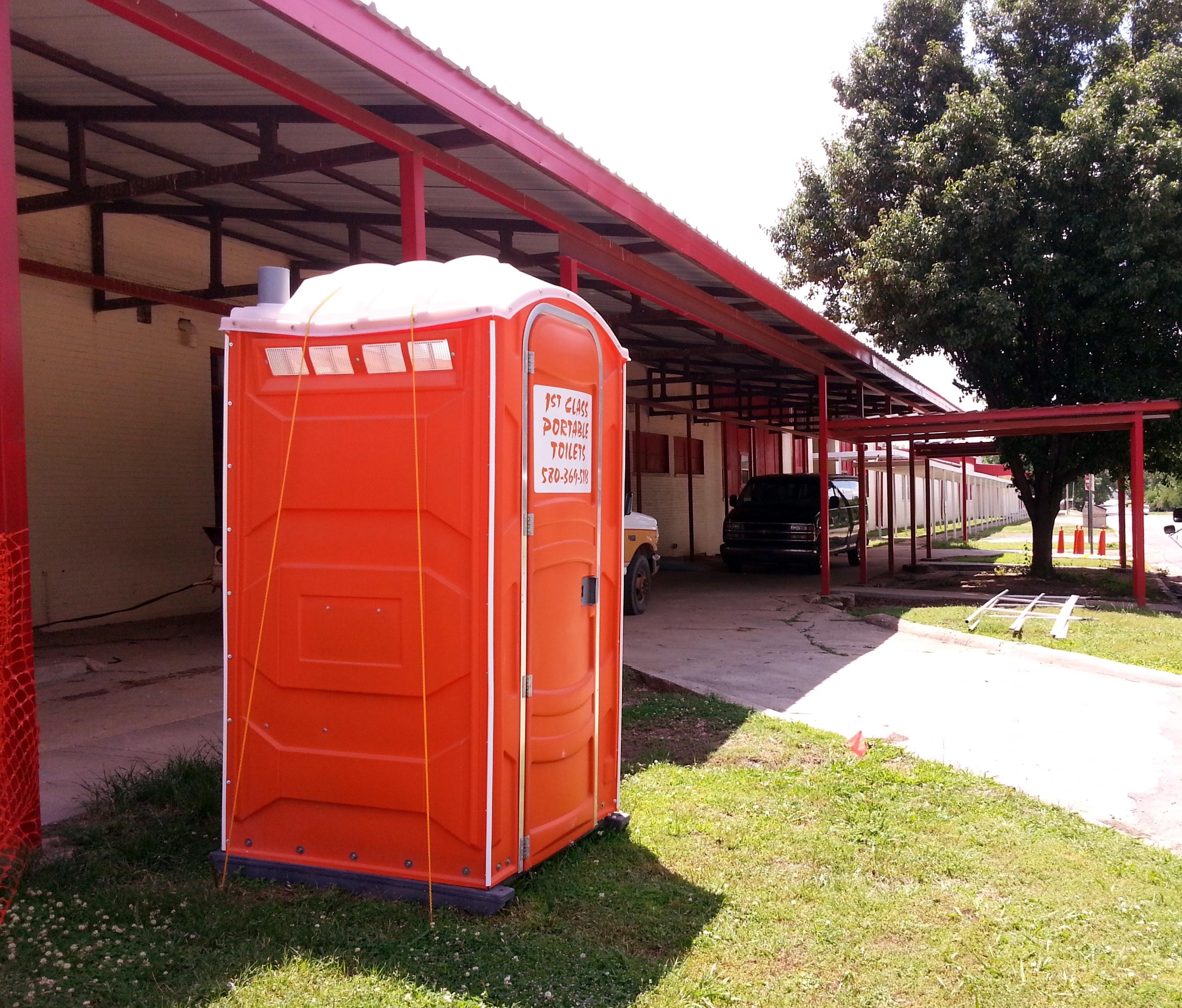 Davis School Auditorium Construction